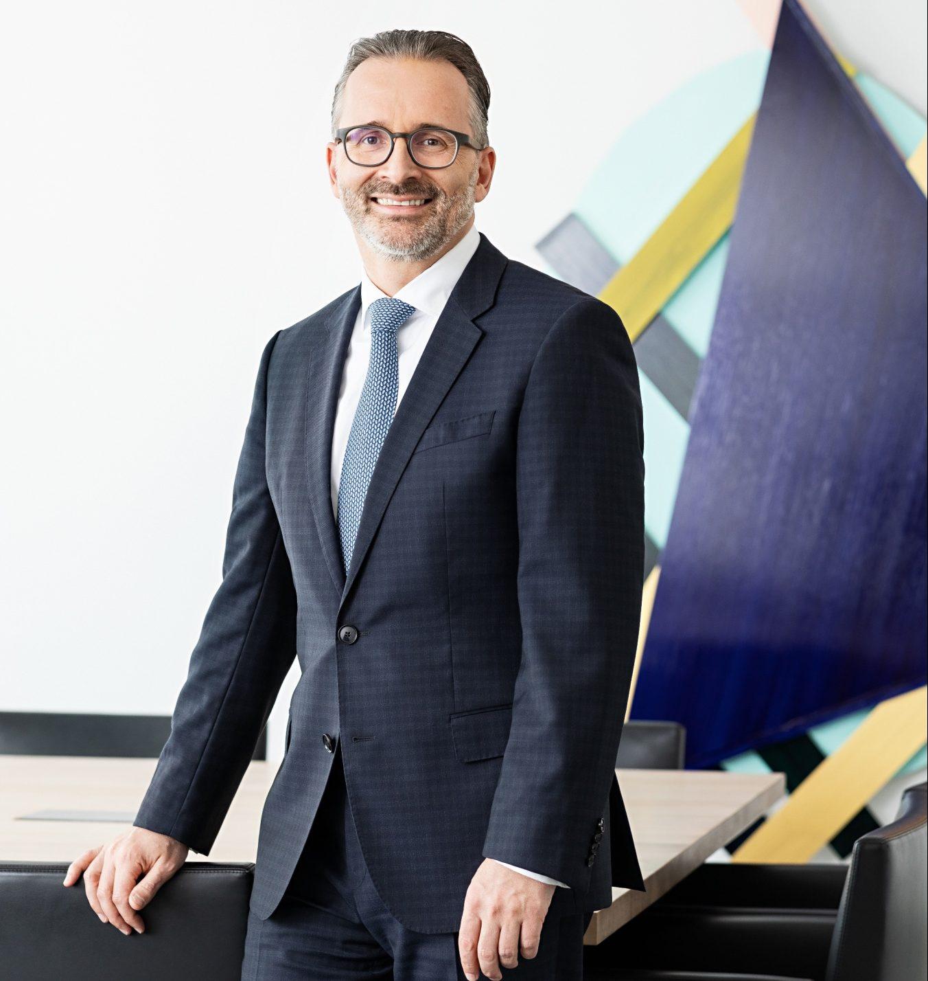 HENKEL CEO'SU CARSTEN KNOBEL: HENKEL, BÜYÜME PROGRAMINI HAYATA GEÇİRİYOR!