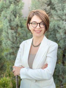 Ankara Üniversitesi Ayaş Meslek Yüksekokulu Öğretim Görevlisi Evin MİSER: ÇALIŞMA ORTAMINDA İLETİŞİM